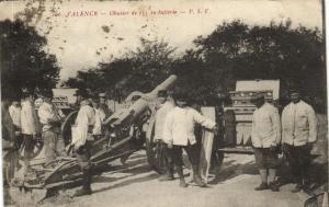CPA Militaire (Dep.26) Valence - Obusier de 155 en batterie (92128)