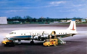 Eastern Airlines - DC-7    (aviationcards.com)