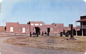 Baltimore Maryland~Fort McHenry Monument~Interior~Cannon~Water Pump~1950 PC