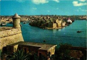CPM AK The Grand Harbour with the City of Senglea MALTA (881679)