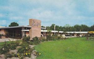 Exterior,  The Bradford Motor Court on U.S. Hwy 301,  Starke,  Florida,  40-60s