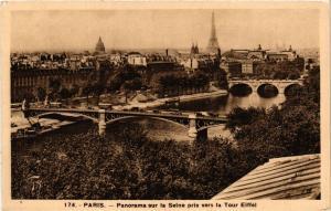 CPA PARIS Panorama sur la Seine pris vers la Tour Eiffel (300506)