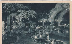 Roma , Italy , 00-10s ; Grand Hotel De Russe , Le jardin, la nuit