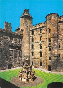 BR91721 linlithgow palace the iner close and fountain   scotland