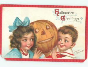 Pre-Linen Halloween signed FRANCES BRUNDAGE - KIDS WITH JACK-O'-LANTERN AB4263
