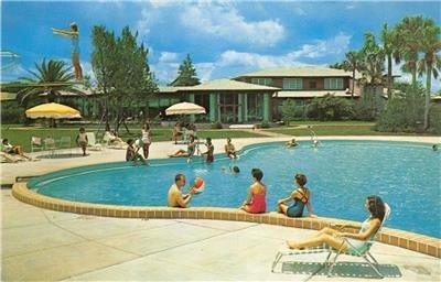 PONCE DE LEON MOTOR LODGE St. Augustine, FL Swimming Pool 1961 Vintage Postcard