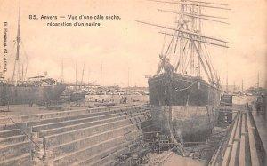 Vue d'une cale seche reparation d'un navire Anvers Belgium Unused