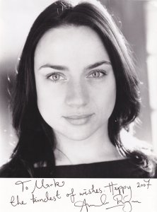 Amanda Ryan as Carrie Rogers Shameless Large Hand Signed 2007 Photo