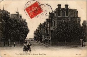 CPA VILLERS-sur-MER - Rue du Rond-Point (276405)