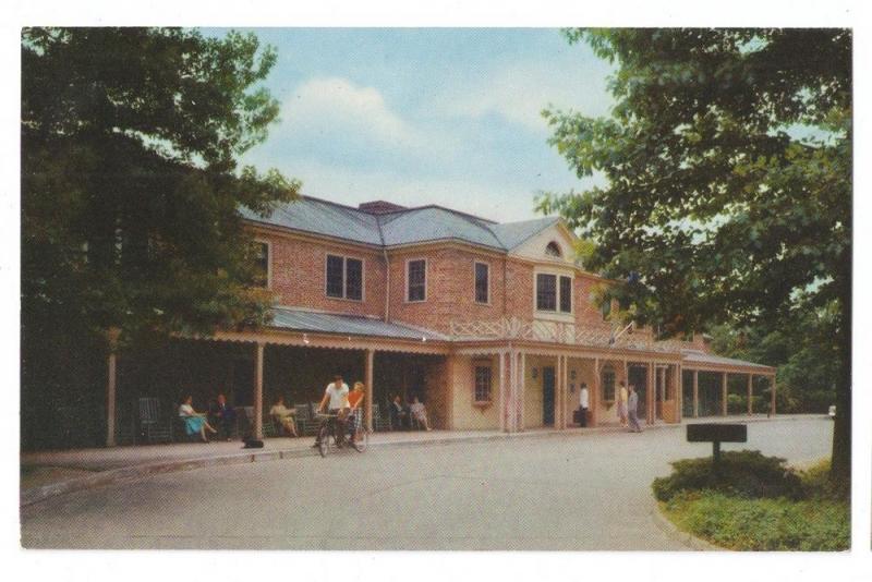Williamsburg VA Lodge Virginia Postcard