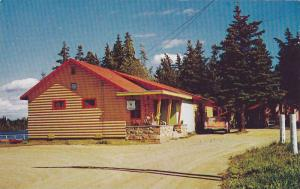 Caribou Lodge Dining Room at Cranberry Portage, Manitoba, Canada, 40-60s