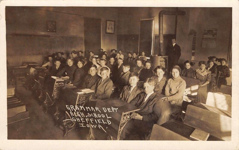 Sheffield Iowa~High School~Grammar Dept~Students~Pot Belly Stove~Pipe~c1914 RPPC