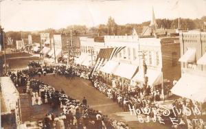 C81/ Blue Earth Minnesota Mn RPPC Postcard 1908 Patriotic Parade Crowd Stores