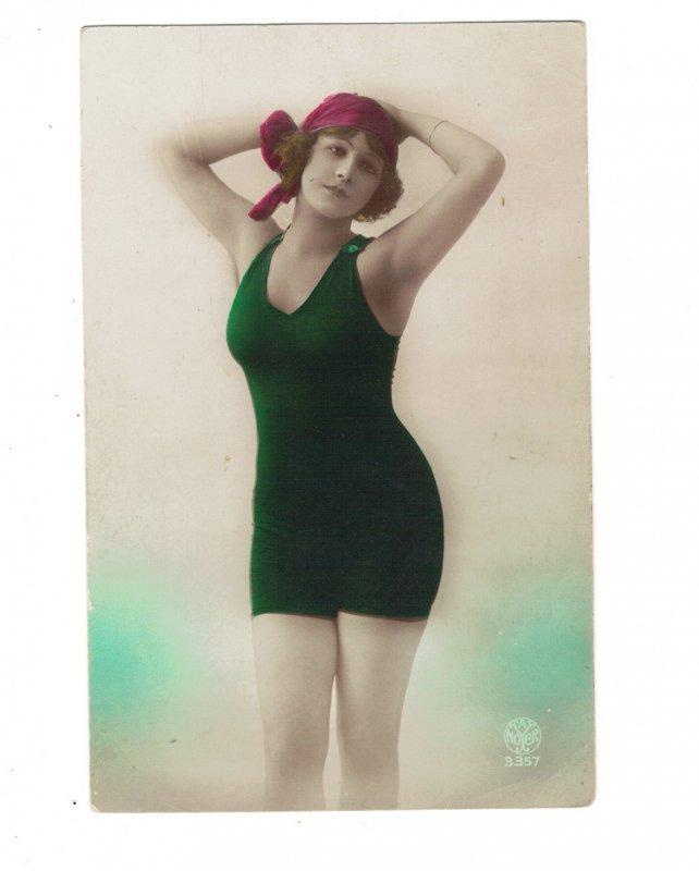 HI1017 BATHING BEAUTY ART DECO PERIOD 1920 RISQUE SEXY POSE