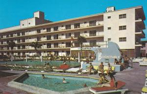 MIAMI BEACH , Florida , 1950-60s ; Swimming Pools , Beachcomber Motel