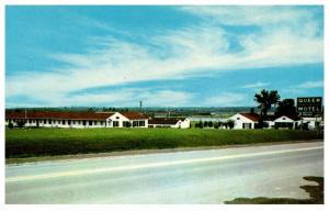 Maine  Bangor , Charter House Motor Lodge