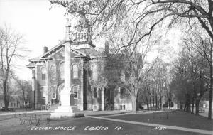 Cresco Iowa~Court House Square~Civil War Soldiers Monument~1940s RPPC