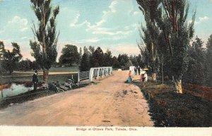 LP70   Toledo Ohio  Bridge Ottawa Park    Postcard