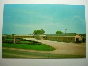 1970's Riviera Motel Crawfordsville Indiana INUnused Postcard : y9744
