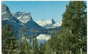 Lake St. Mary, Glacier National Park, unused Postcard