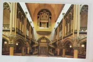 Vintage Postcard: Montreal, Quebec-SacredHeartChapel, Notre Dame Basilica.