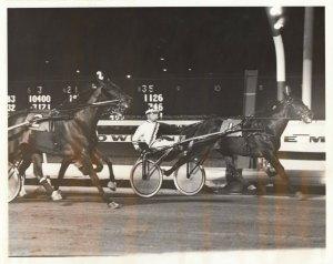 MEADOWLANDS RACETRACK, Harness Horse Race , WITSENDS SPEEDY Wins 1986