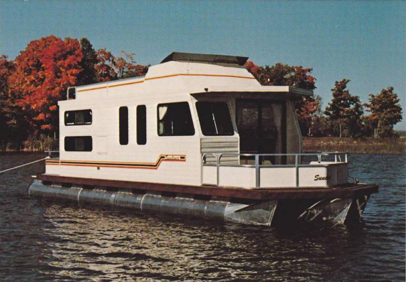 Beautiful 36' Sundance houseboat,  Ontario,  Canada,  50-70s
