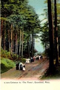 Groveland, Massachusetts - Walking to the entrance of The Pines - c1905