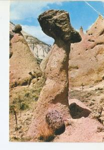 Postal 020543 : The fairy chimneys and the ruined first christian refugges ne...
