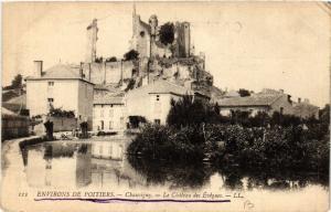 CPA Env. de POITIERS - CHAUVIGNY - Le Chateau des Eveques (365647)