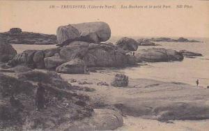 France Tregastel Les Rochers et le petit Port
