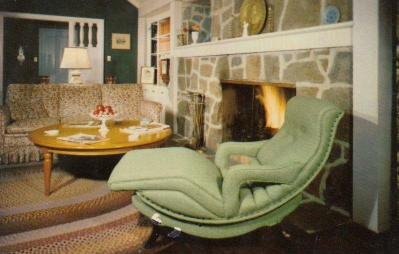 Contour Chair , 1952