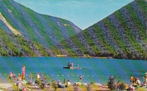 New Hampshire Franconia Notch The Crystal Clear Waters Of Beautiful Echo Lake