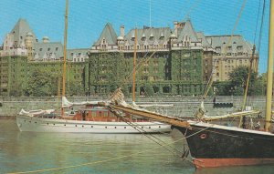 VICTORIA , B.C. , Canada , 1960 ; Empress Hotel