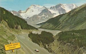 Canada The Jasper Banff Higheay Jasper Alberta