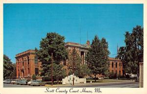 Benton Missouri Scott Court House Street View Vintage Postcard K61724
