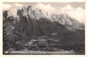 Germany Garmisch Obergrainau mit Zugspitzgruppe  Garmisch Obergrainau mit Zug...