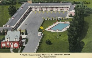 ST. CLAIRVILLE, Ohio, 1950-60s; Twin Pines Motel, Swimming Pool