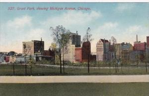 Illinois Chicago Grant Park Showing Michigan Avenue
