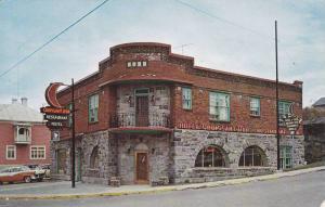 Hotel et Restaurant Croissant d'Or , RIVIERE DU LOUP , Quebec , Canada , PU-1984