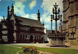 France Vieilles Pierres Saintes La Chapelle Ossuaire Renaissance Postcard