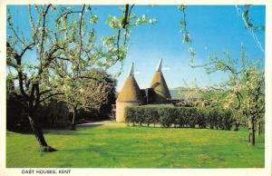 BR92197 oast houses kent  uk