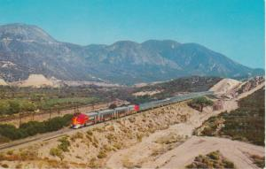 Santa Fe Railroad Streamliner Hi-Level El Capitan - El Cajon Pass CA, California