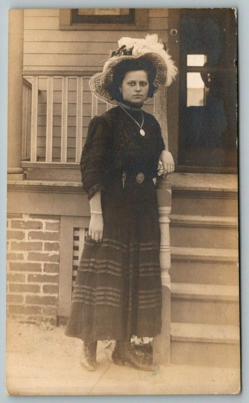 Fashionable Annie Molner Leans on Porch Railing~Merry Widow Hat~c1912 RPPC