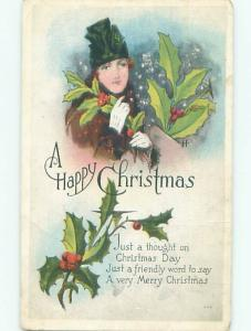 Pre-Linen Christmas WOMAN GATHERING HOLLY AB5594