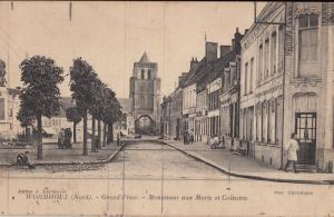 CPA France Wormhout (Nord) - Monument aux Morts et Calvaire