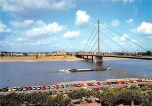 Duesseldorf am Rhein Blick auf Oberkassel Auto Vintage Cars Bridge pont