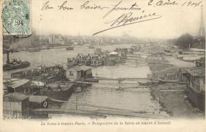 CPA Paris 12e (Dep. 75) La Seine á travers Paris (83738)