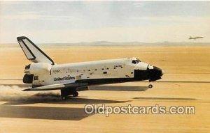 Columbia Returns to Earth NASA's Research Facility, Edward's AFB, CA, USA Unu...