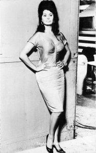 Beautiful Movie Star Actress Sophia Loren RPPC Photo Postcard 11756
